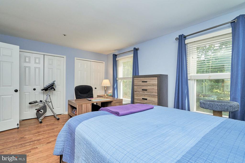 Secondary bedroom - 7937 BLUE GRAY CIR, MANASSAS