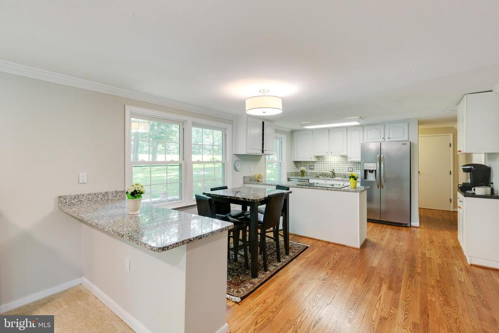 Eat-in Kitchen - 4290 CANDLESTICK CT, DUMFRIES
