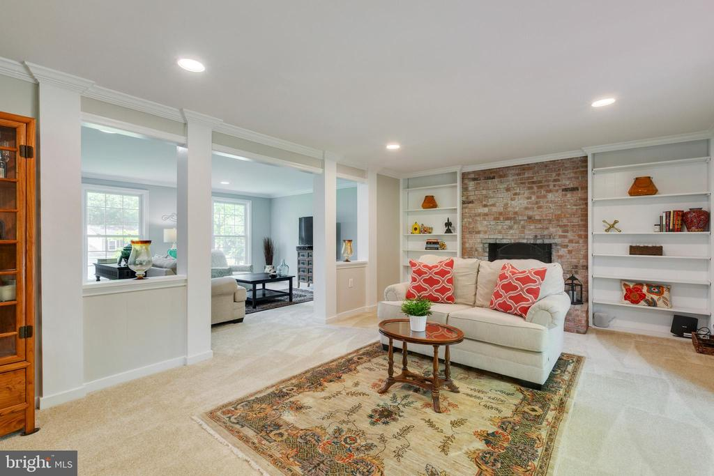 Family Room - 4290 CANDLESTICK CT, DUMFRIES