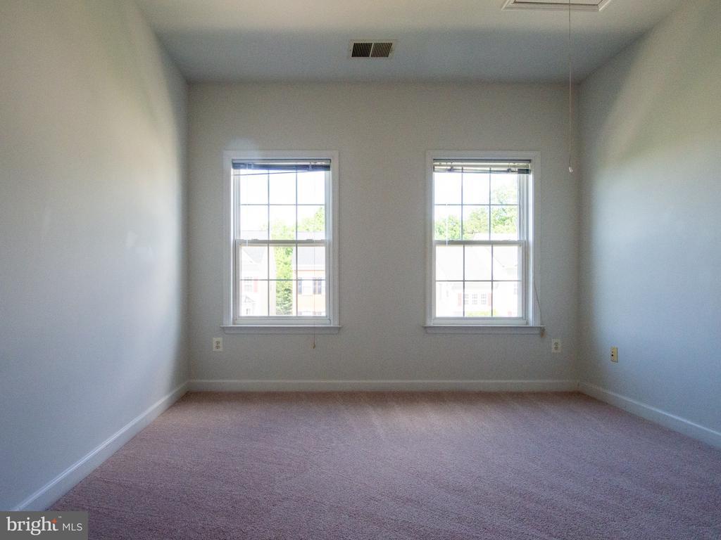 Bedroom 2 - 23226 MURDOCK RIDGE WAY, CLARKSBURG