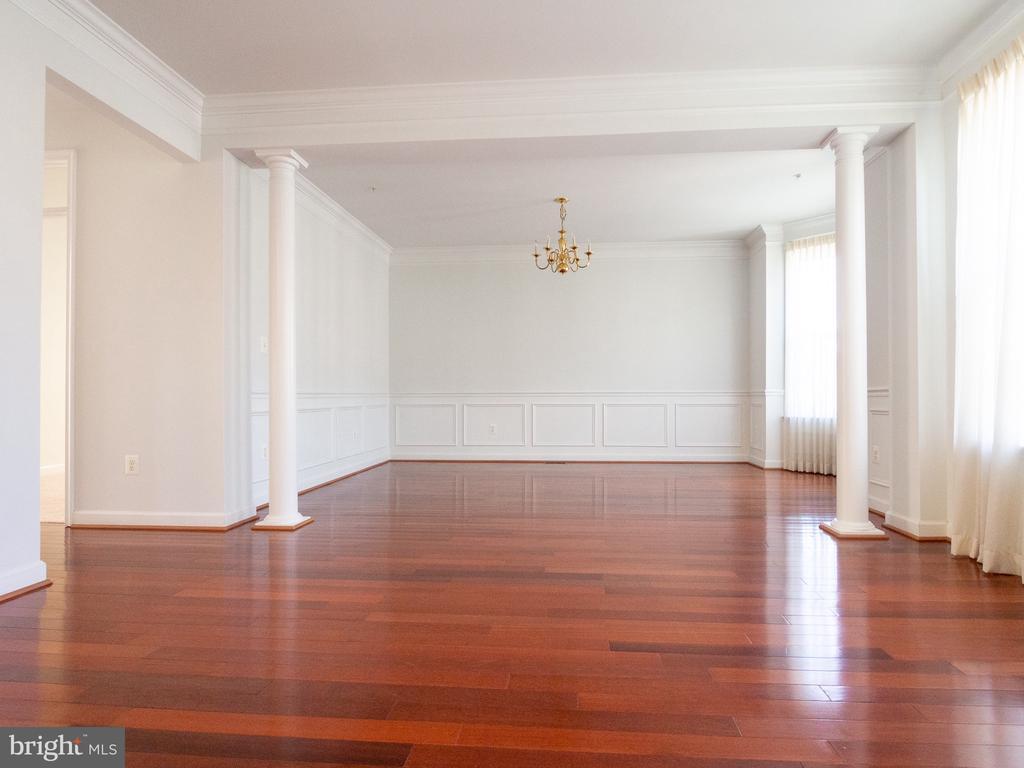 Living Room overlook Formal Dining - 23226 MURDOCK RIDGE WAY, CLARKSBURG