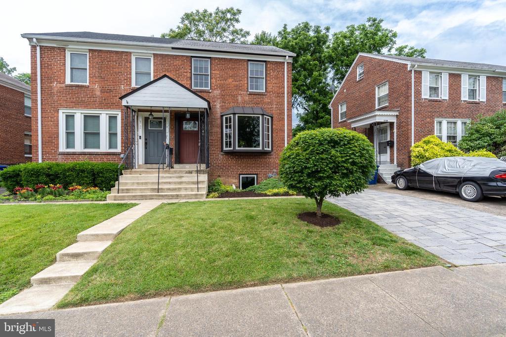 Duplex facing Troy Park! - 2740 S TROY ST, ARLINGTON