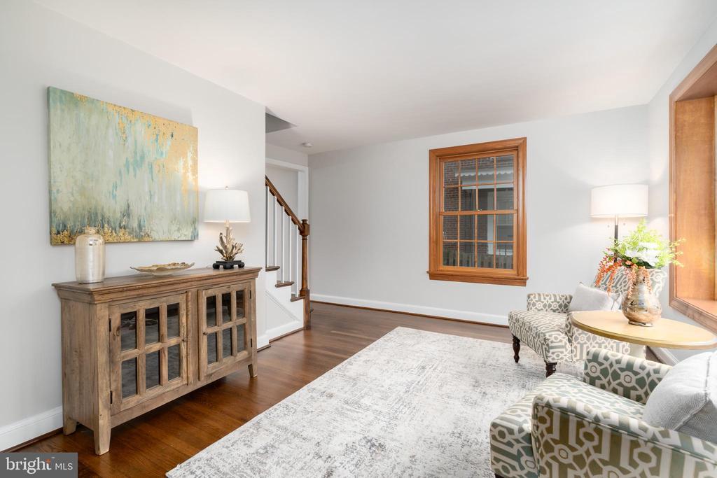 Living room with hardwood floors - 2740 S TROY ST, ARLINGTON
