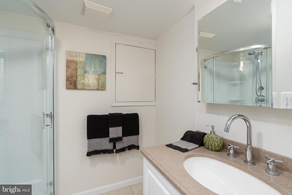 Lower level bathroom - 2740 S TROY ST, ARLINGTON