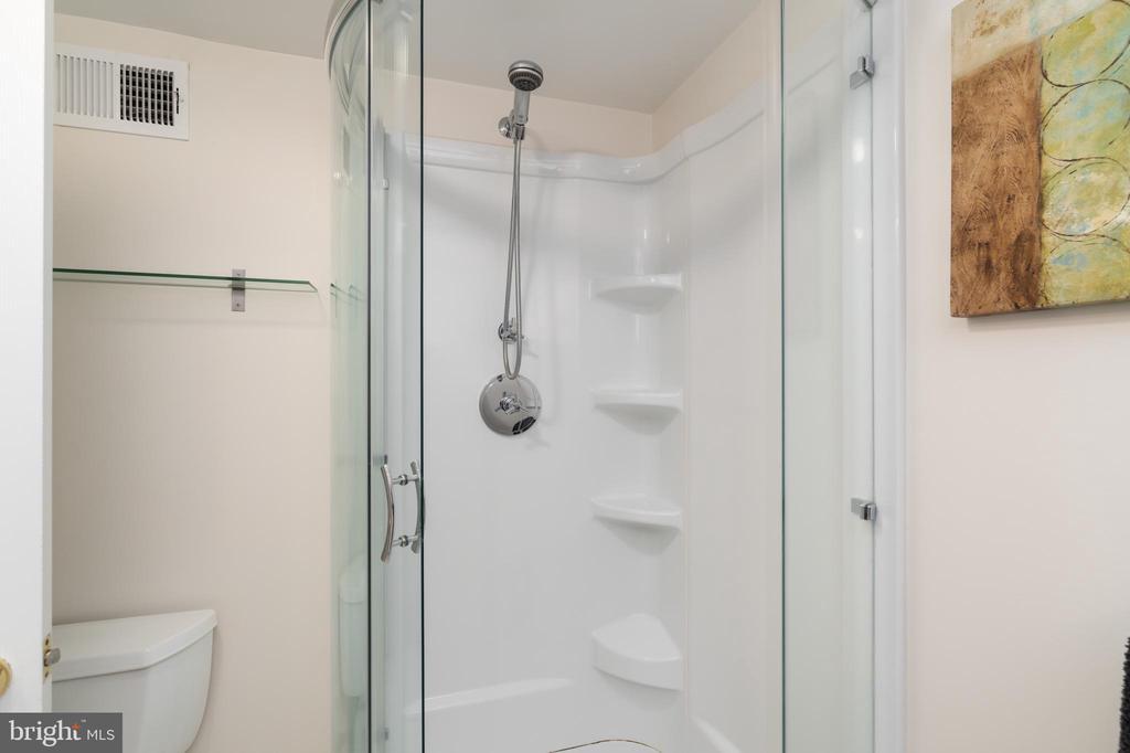 Lower level bathroom shower - 2740 S TROY ST, ARLINGTON
