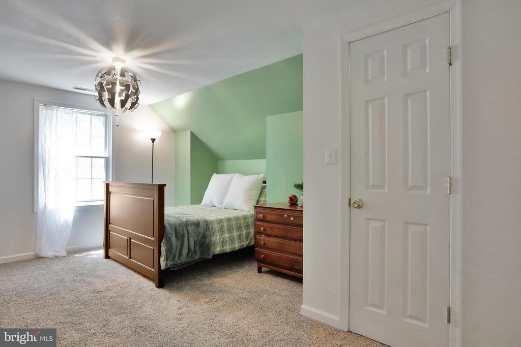 Third Bedroom - 11302 GAMBRILL PARK RD, FREDERICK