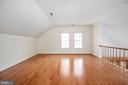 Loft area with Beautiful Hardwood Floors - 9 OAKBROOK CT, STAFFORD