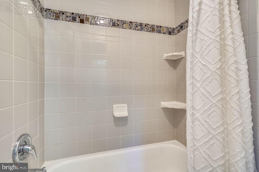 Newly-tiled shower - 2564-A S ARLINGTON MILL DR S #5, ARLINGTON
