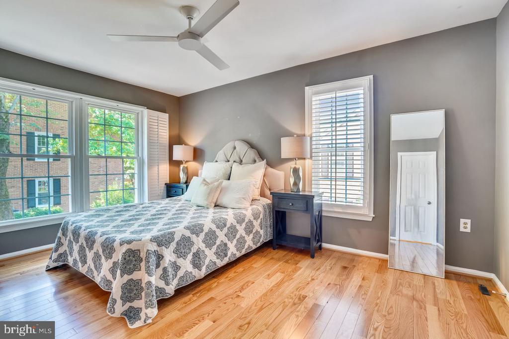 Master Bedroom with new hardwood floors - 2564-A S ARLINGTON MILL DR S #5, ARLINGTON