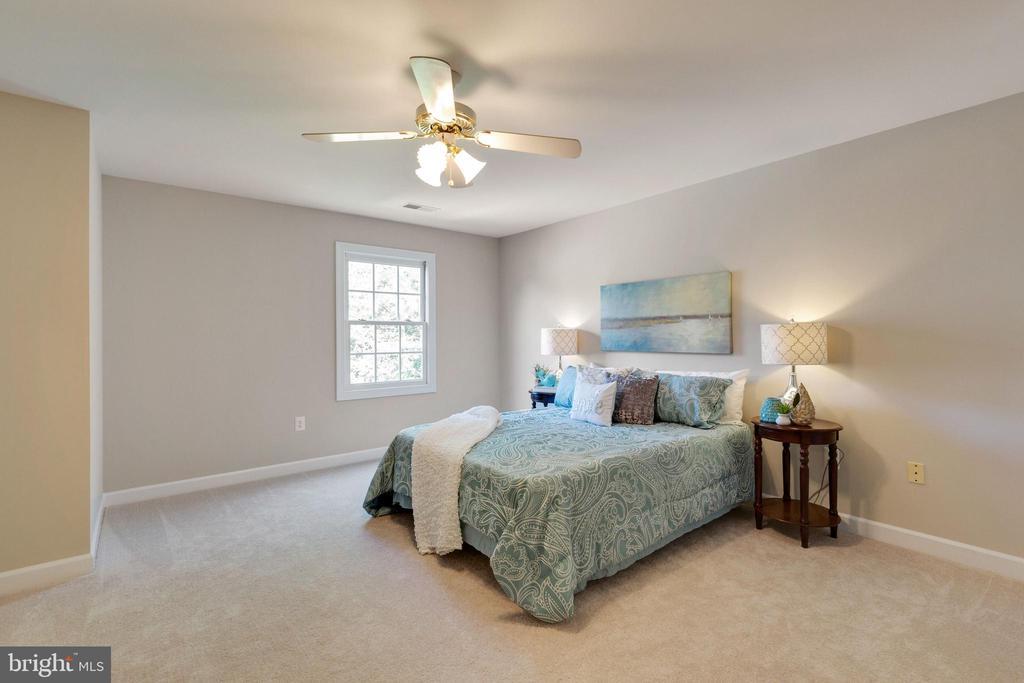 Bedroom 2 - 4346 MULCASTER TER, DUMFRIES