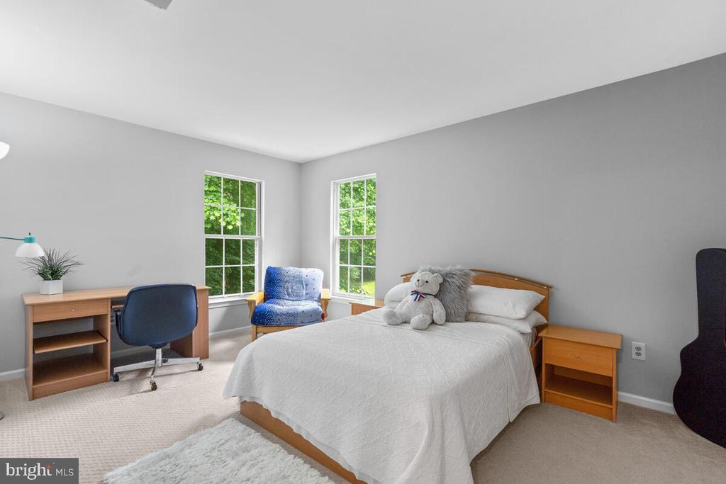 Bedroom 3 - 6425 STREAM VALLEY WAY, GAITHERSBURG