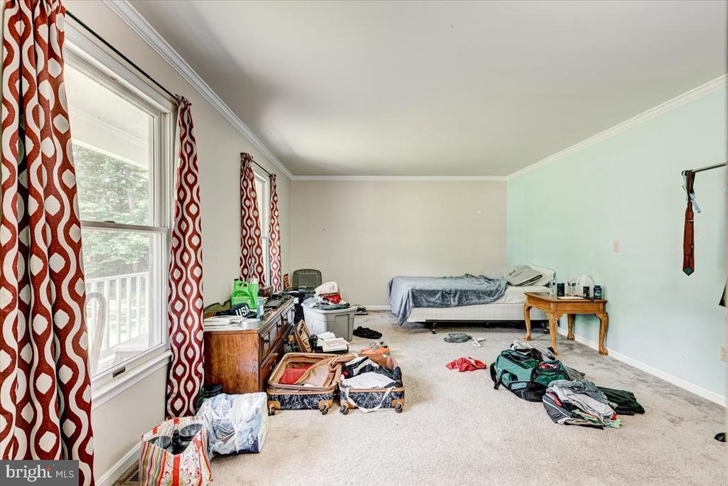 Formal Living room - 2376 RIVER DR, KING GEORGE