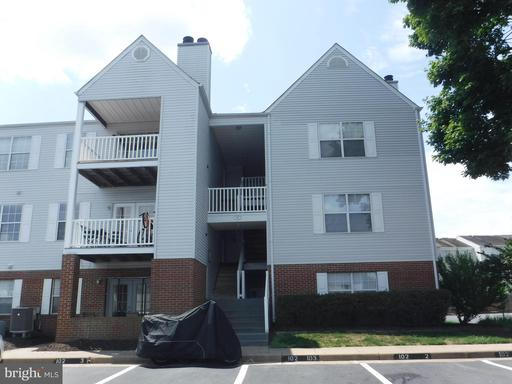 102 PICADILLY LN #103
