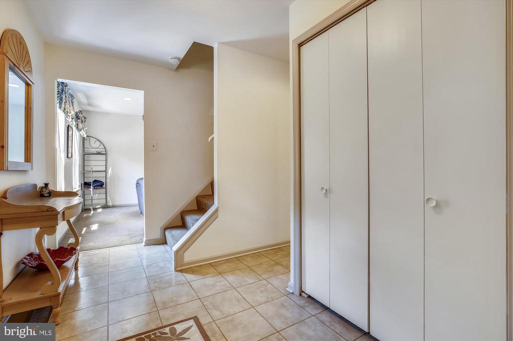 Foyer - 11517 DAFFODIL LN, SILVER SPRING