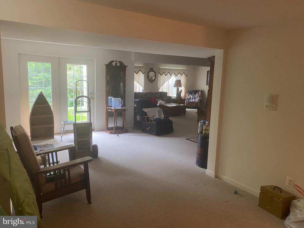 Basement living area - 6424 TINKLING SPRINGS CT, MANASSAS