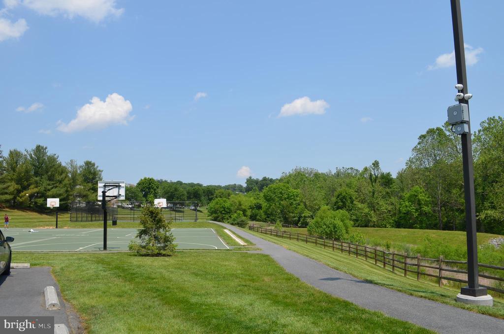 Tennis! Basketball! Walking trails! - 6304 SPRING FOREST RD, FREDERICK