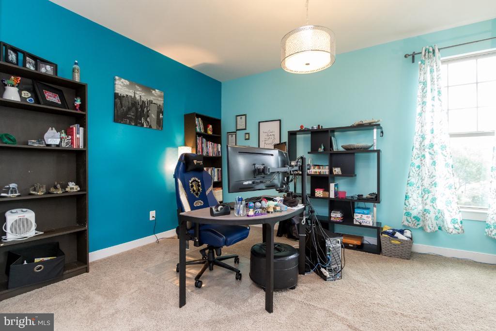 Living room/office - 16965 TAKEAWAY LN, DUMFRIES
