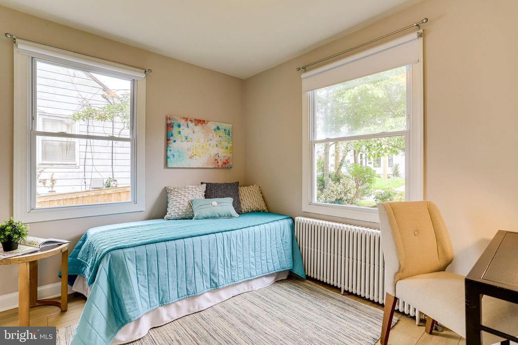 Bedroom 2 - 859 N ABINGDON ST, ARLINGTON