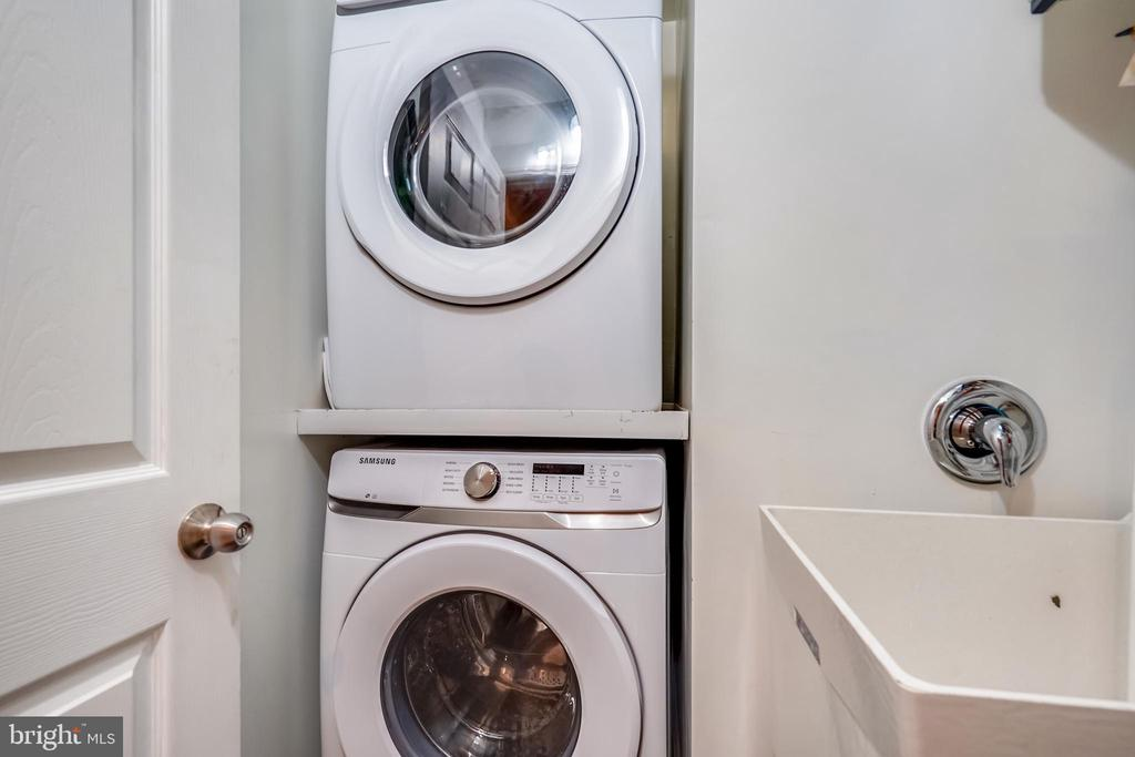 Separate Laundry with utility sink  on upper level - 111 BAKER ST, MANASSAS PARK