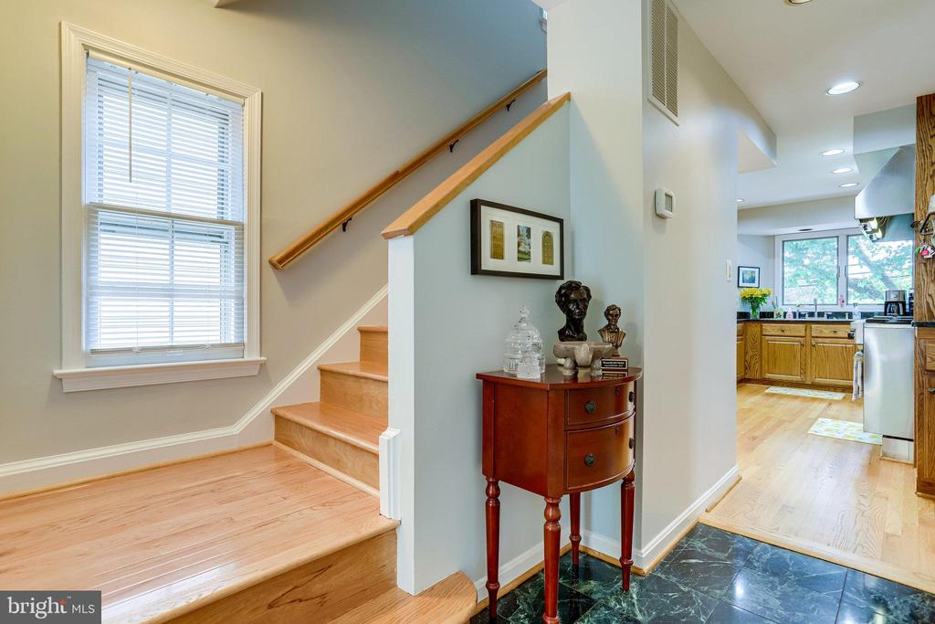 ML - Front Hall Way.  Stairs lead to upper level - 607 23RD ST S, ARLINGTON