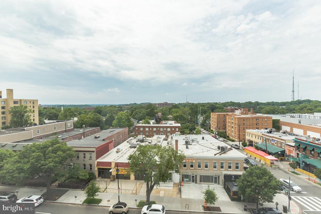 West facing sunset views from living and bedroom! - 3217 WISCONSIN AVE NW #7A, WASHINGTON