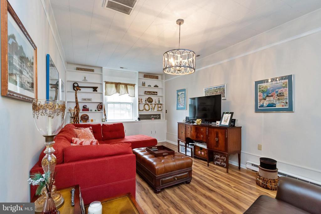 Family Room/Den - 2504 HILLSIDE TER, WINCHESTER