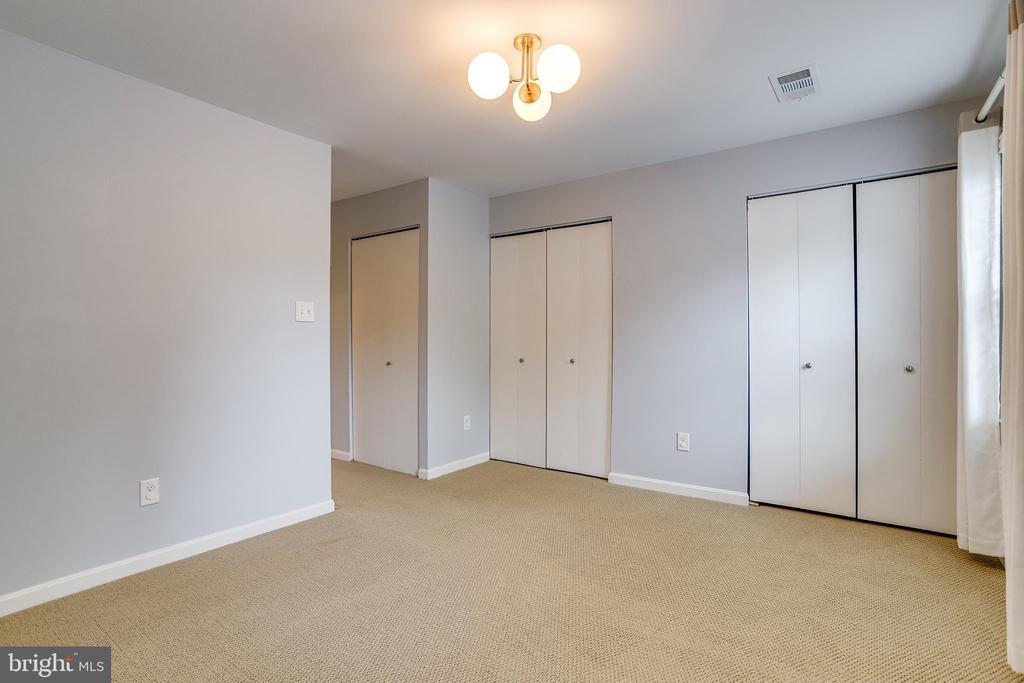 Second bedroom triple closet - 6705 WASHINGTON BLVD #G, ARLINGTON
