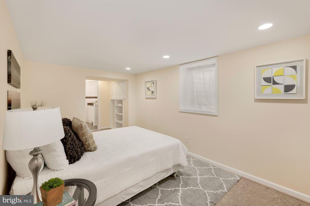 Lower Level Bedroom - 710 N NELSON ST, ARLINGTON