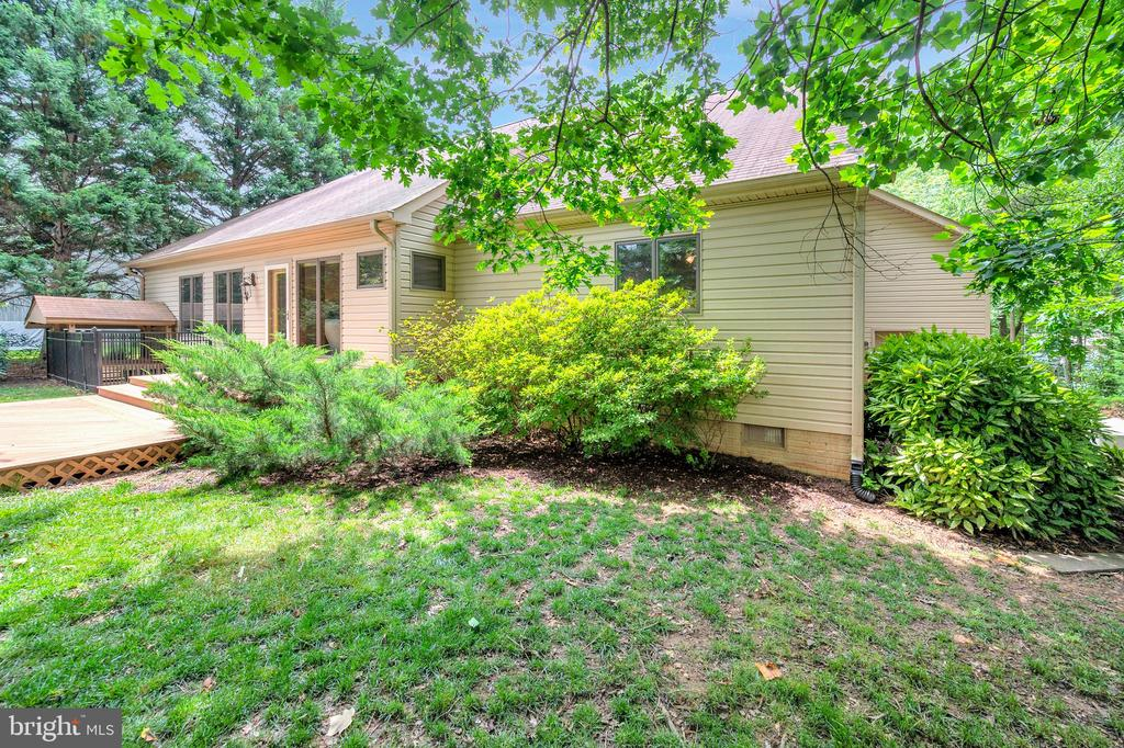 From the side yard - 205 PINE VALLEY RD, LOCUST GROVE