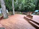 Living room and break nook open onto the deck - 5919 VERNONS OAK CT, BURKE