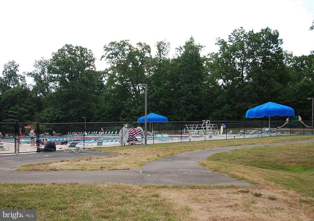 Reston Association Pool - 1211 HERITAGE COMMONS CT, RESTON