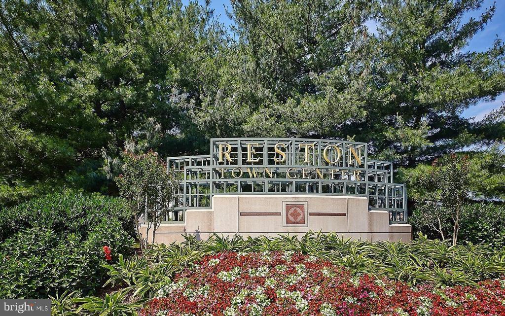 Reston Town Center - 1607 PARK OVERLOOK DR, RESTON