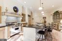 Sunny gourmet kitchen - 1342 POTOMAC SCHOOL RD, MCLEAN
