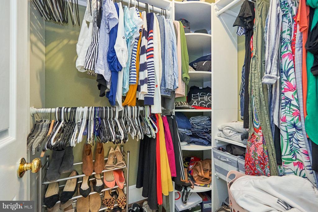 Primary Walk-In Closet - 9012 GRANT AVE, MANASSAS