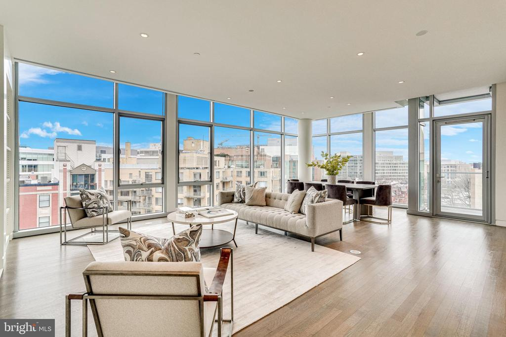 LIVING ROOM WITH WALLS OF GLASS - 1177 22ND ST NW #8G, WASHINGTON