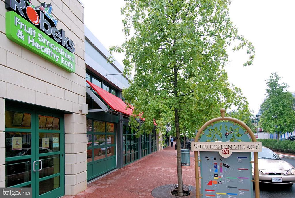 Local Shops - 900 S WAKEFIELD ST, ARLINGTON