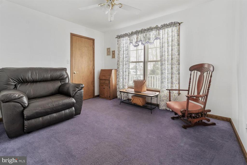 1 of 4 bedrooms on upper level of home - 11829 CASH SMITH RD, KEYMAR