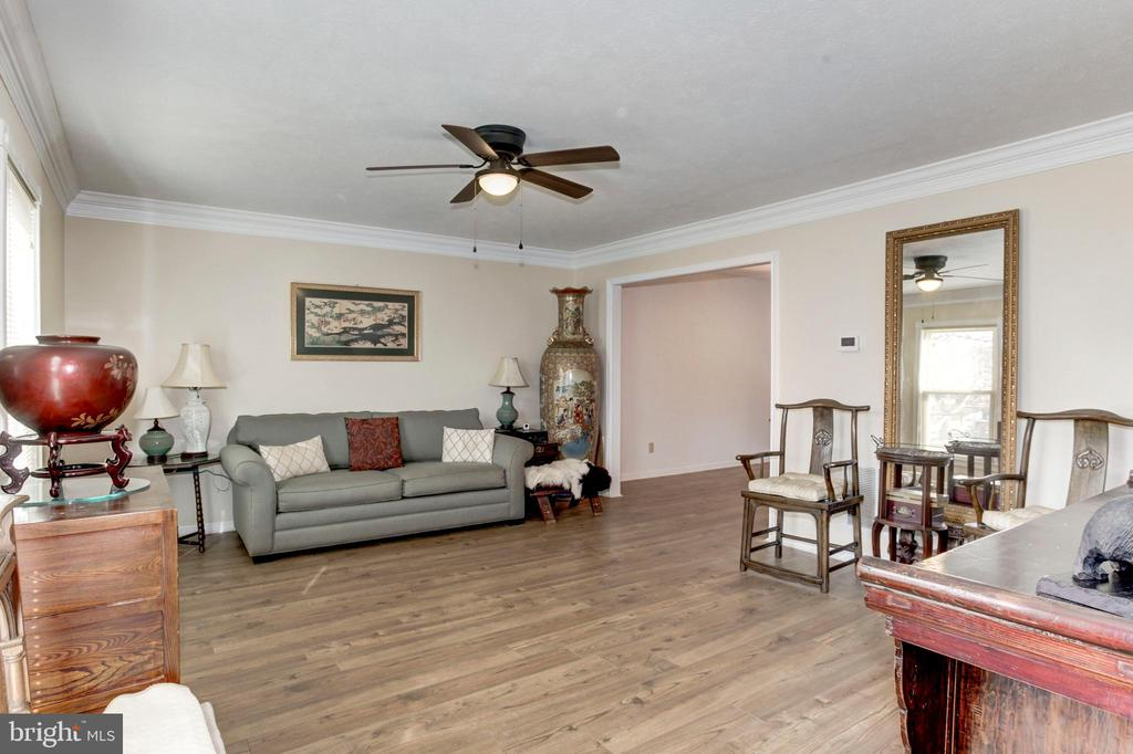 Living Room - 7 FRANK CT, STAFFORD