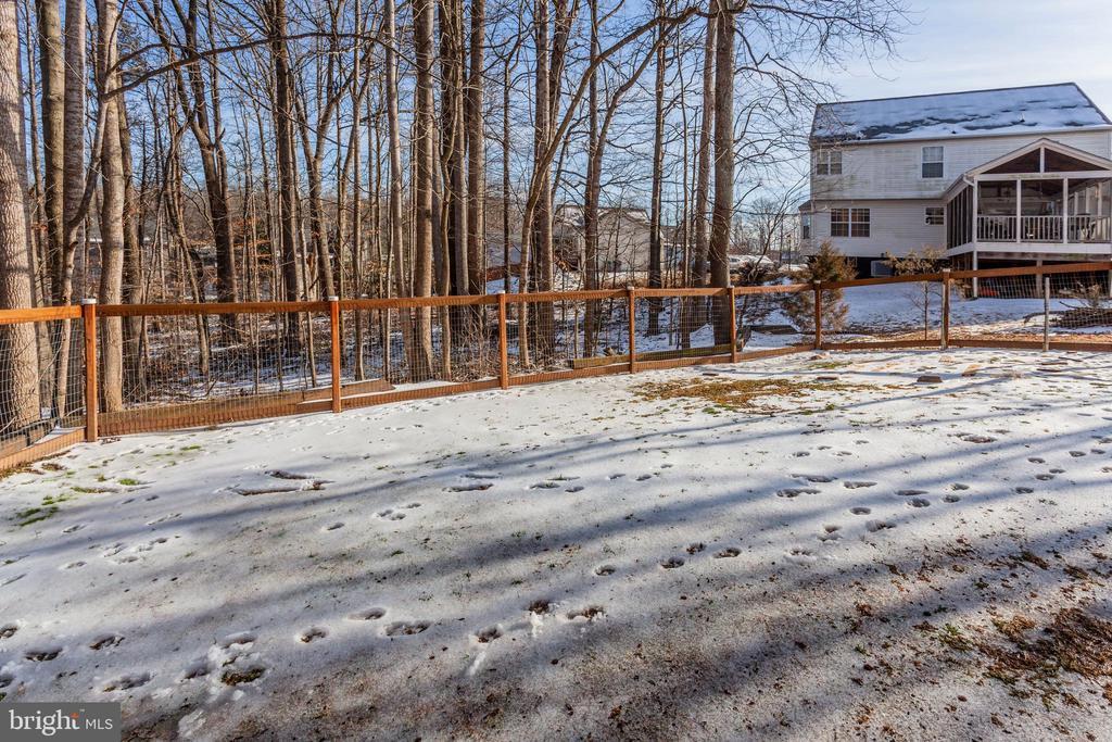 Exterior Rear Fenced Yard - 7 FRANK CT, STAFFORD