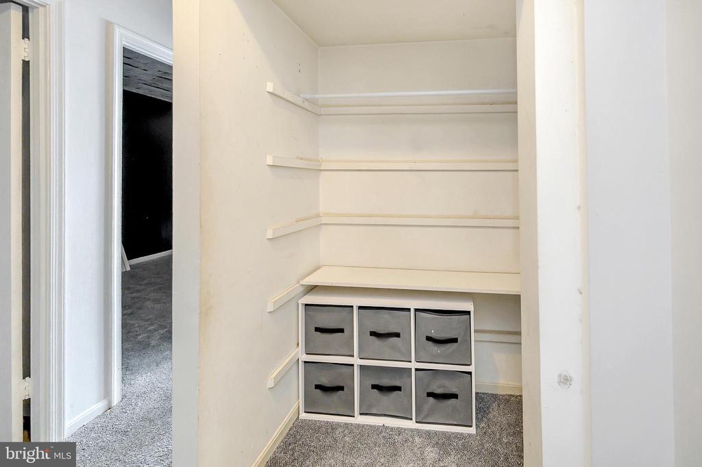 Upper level hall closet - 4613 CENTRAL PARK DR, WOODBRIDGE