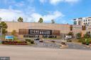 Close to the Stonebridge shopping center! - 4613 CENTRAL PARK DR, WOODBRIDGE