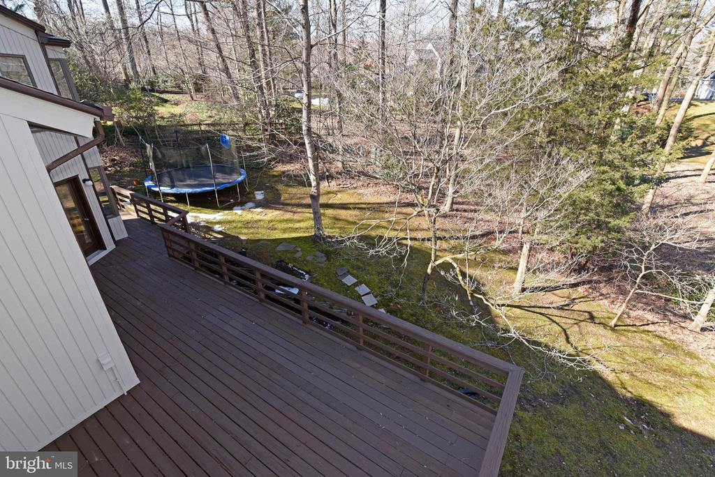 View of Main Deck - 1101 PEPPERTREE DR, GREAT FALLS