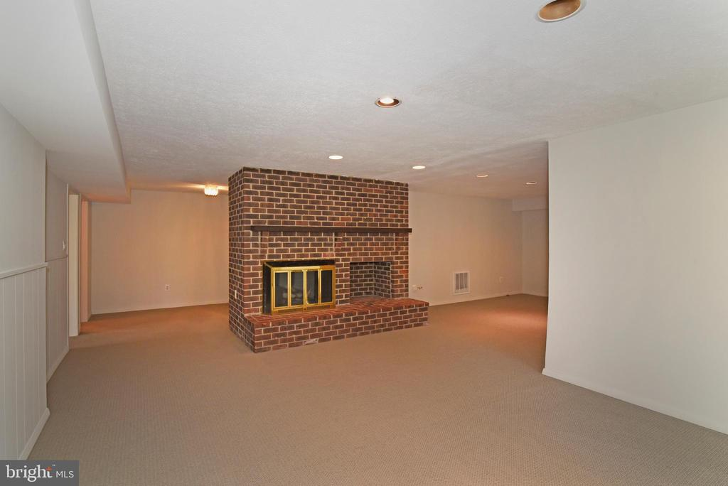 Recreation Room - 1101 PEPPERTREE DR, GREAT FALLS