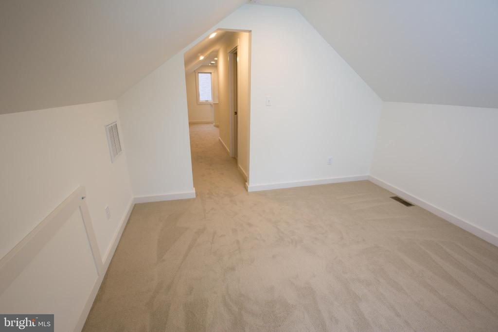 Primary Bedroom - 705 WIRT ST SW, LEESBURG