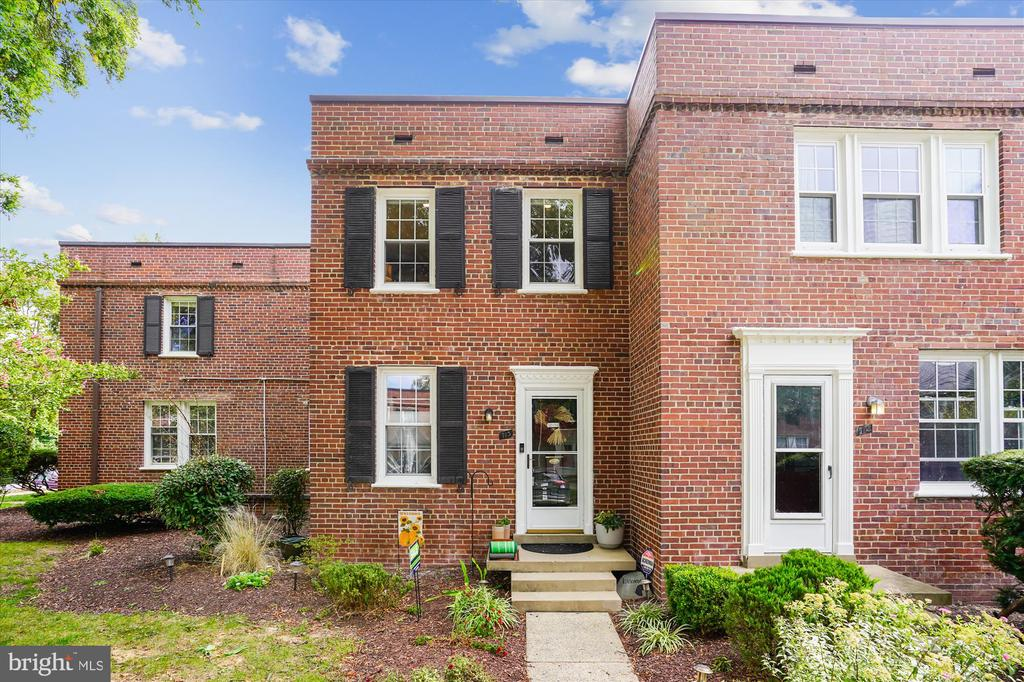 Welcome Home - 2600 16TH ST S #713, ARLINGTON