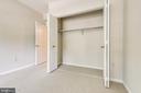 Bedroom 4 with large closet - 6151 BRAELEIGH LN, ALEXANDRIA