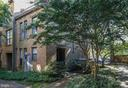 Top floor loft for office or gym opens to deck - 4427 7TH ST N, ARLINGTON