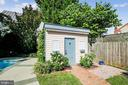 Shed in backyard - 11 WIRT ST SW, LEESBURG
