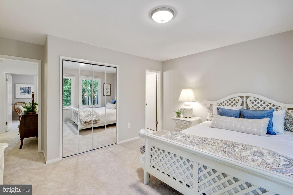 All bedrooms are spacious - 3 SPRINGER, BETHESDA