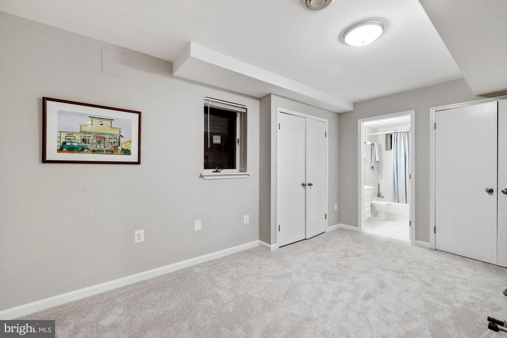 Lower level bedroom - 3 SPRINGER, BETHESDA